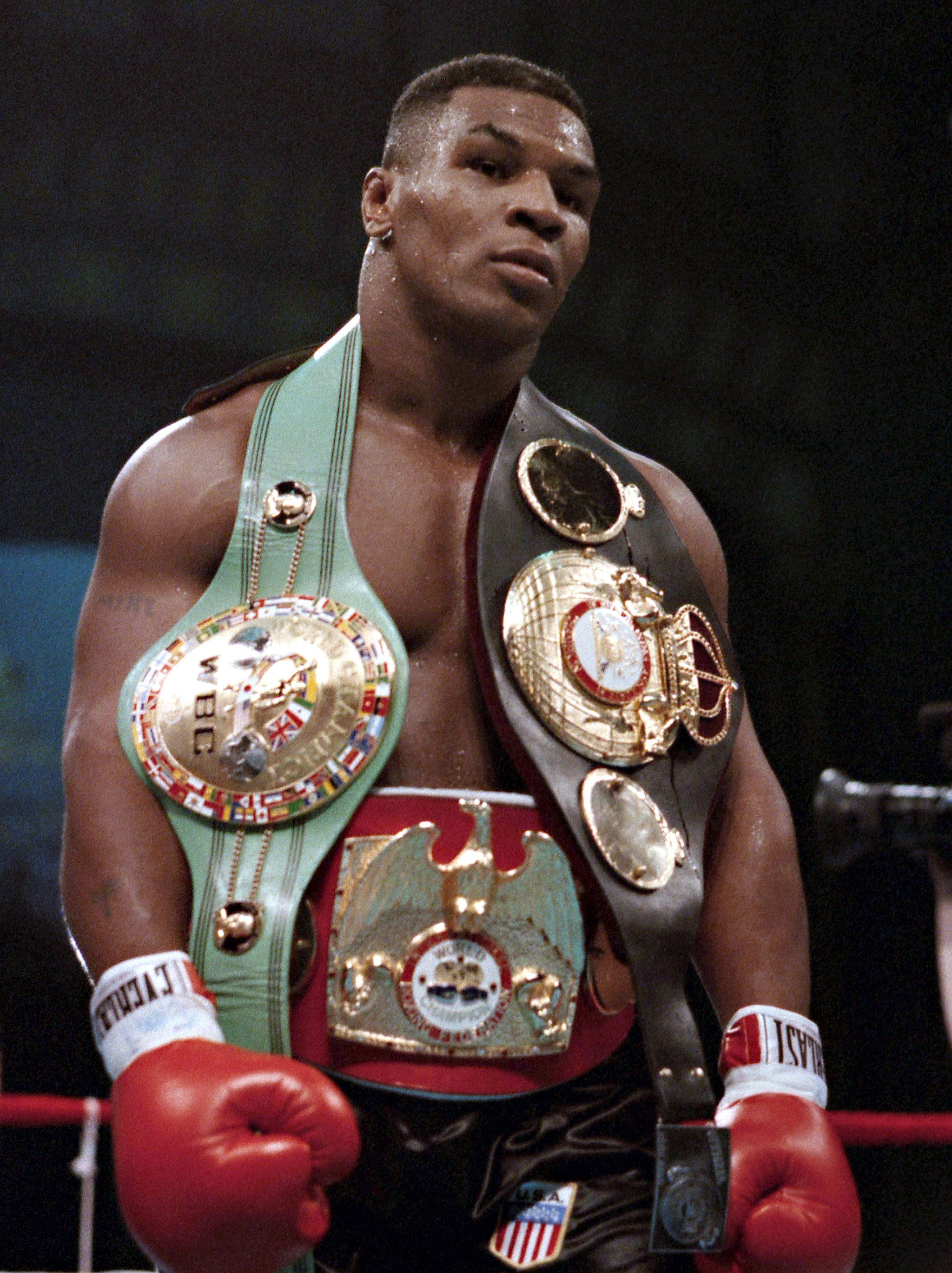 mike tayson boxing records