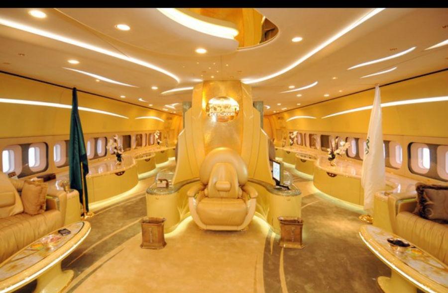 PRINCE ALWALEED BIN TALAL'S AIRBUS 380