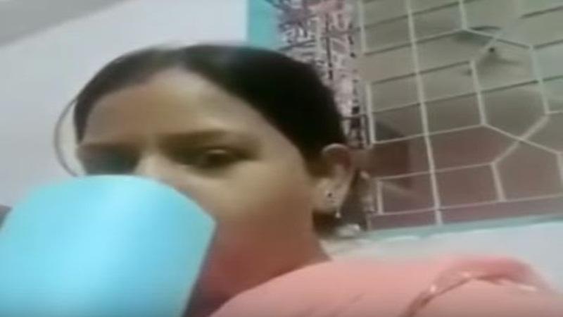 chai peelo lady