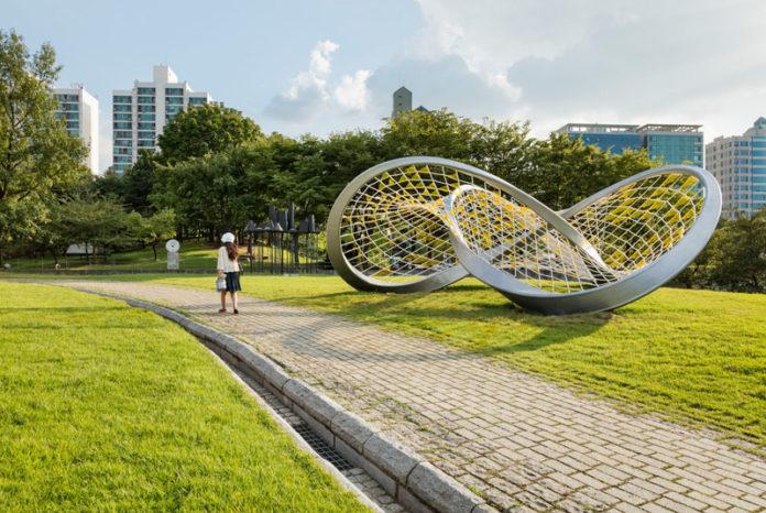 women in urban park